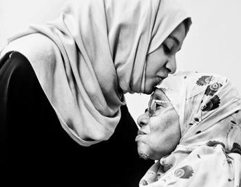احترام الوالدين respect-your-parents
